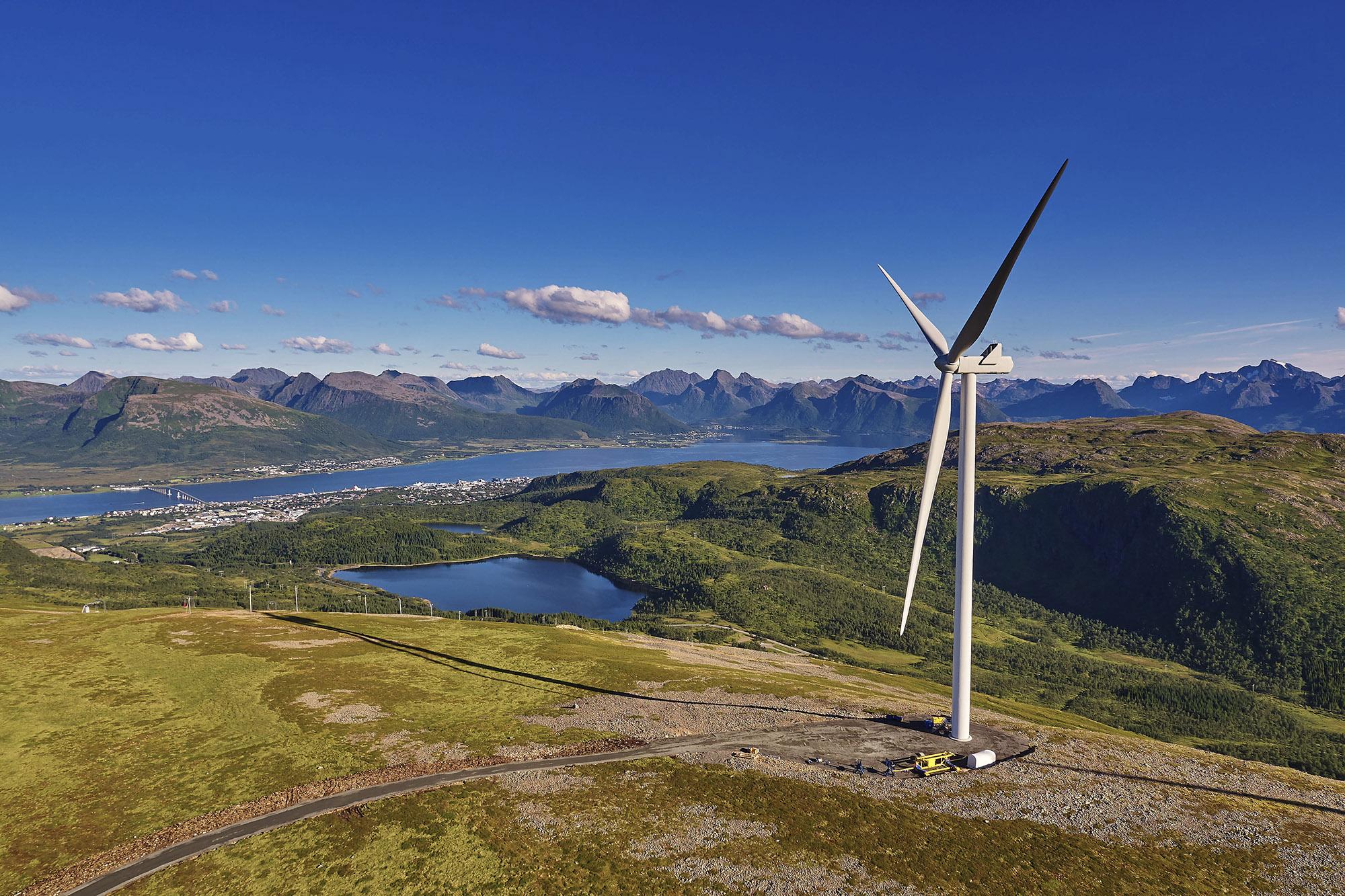 Ånstadblåheia vindkraftverk i Sortland